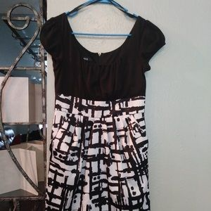 WOMENS BLACK WHITE PRINTED FITTED DRESS SM
